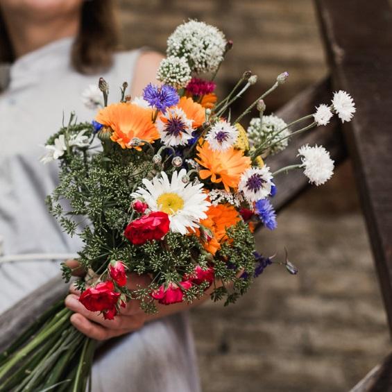 Predplatne letni kytice - Květinové předplatné - Kytky od potoka