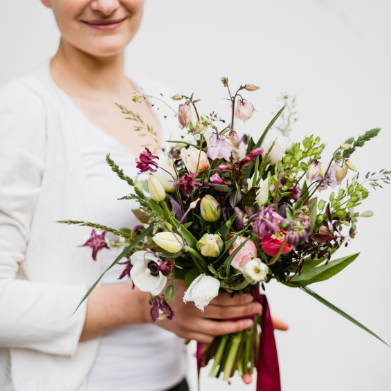 Mini svatebni kytice Kytky od potoka 1 - Květinové předplatné - Kytky od potoka