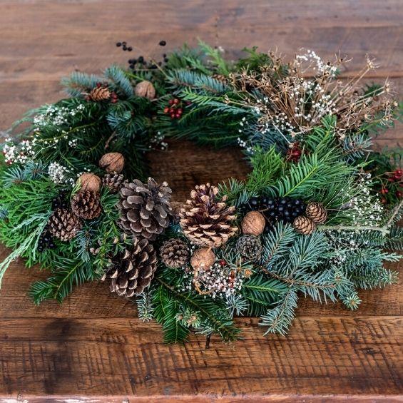 vánoční přírodní věnec