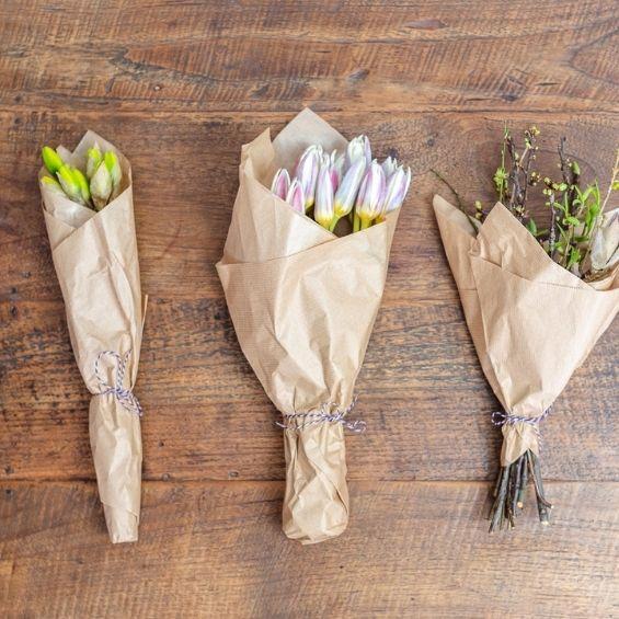 13 - Jarní kytice z krabice - Kytky od potoka
