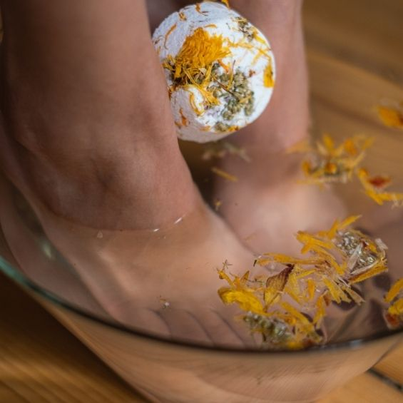 jarní detox - koupel na nohy