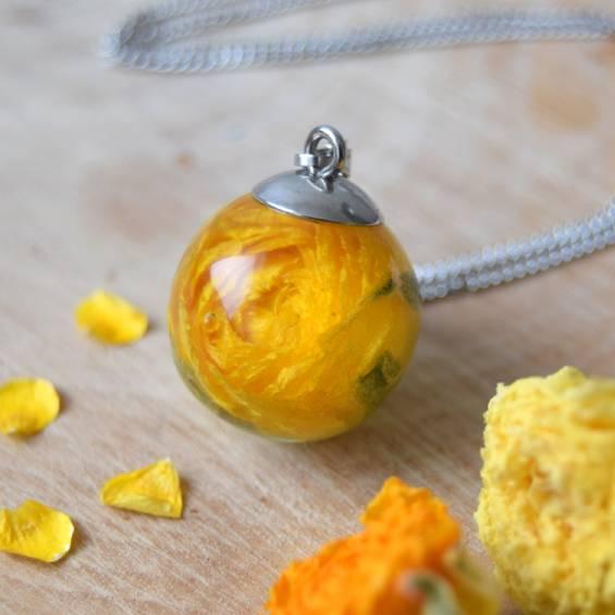 nahrdelnik maly pryskyrnik - Květinový náhrdelník malý - Kytky od potoka
