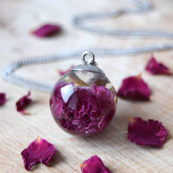 nahrdelnik maly ruze - Květinový náhrdelník malý - Kytky od potoka
