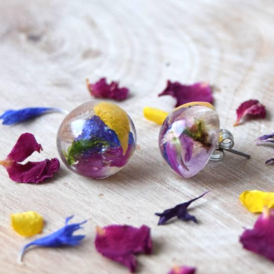 pecky mix kvetu - Květinové náušnice pecky - Kytky od potoka
