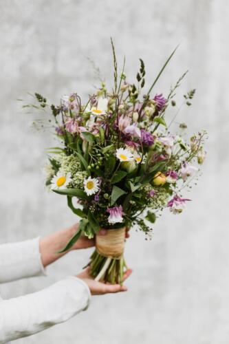 květnová svatba svatba v květnu jarní kytice