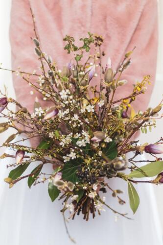 zimni svatební kytice magnolie