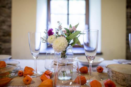 Jiřinky na svatbu Kytkyodpotoka